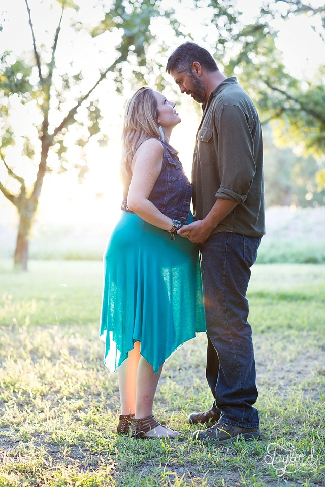 Maternity and Newborn Photographer in Las Cruces